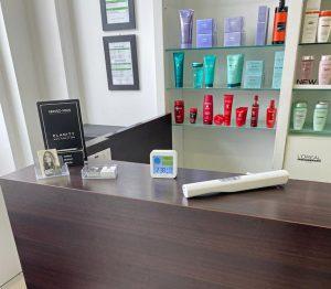 lampe à désinfection Uv dans salon de coiffure